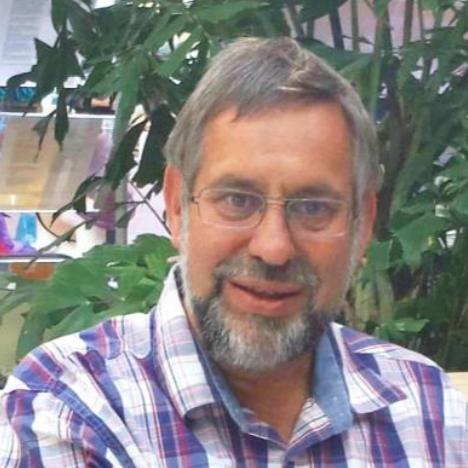 Dr. L. van Dam